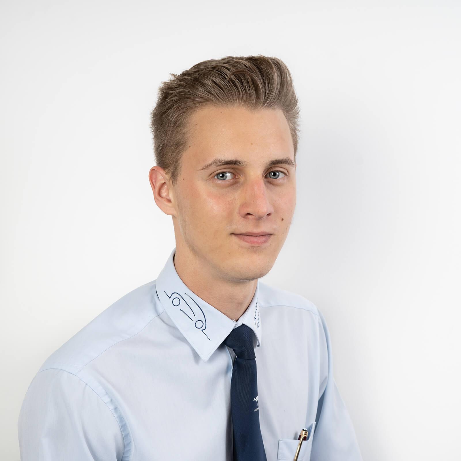 Herr Nico Straußberger